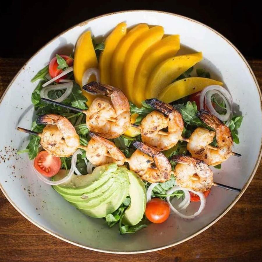 Mango Shrimp Salad